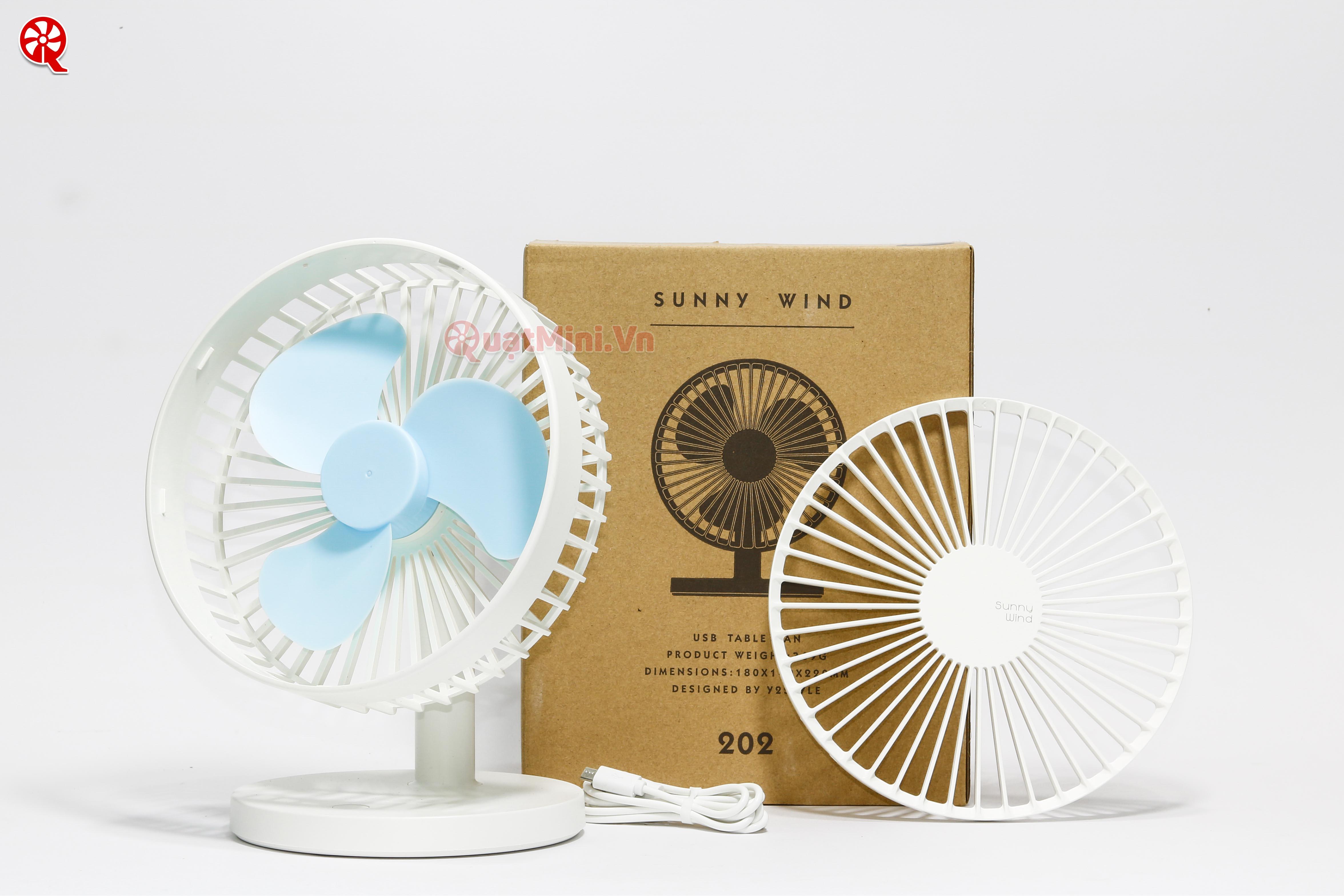 quat mini de ban tot nhat ha noi hcm 2019 Sunny Wind